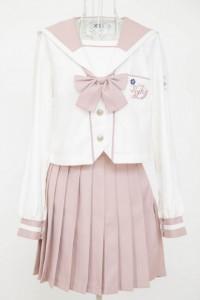 桜色セーラー