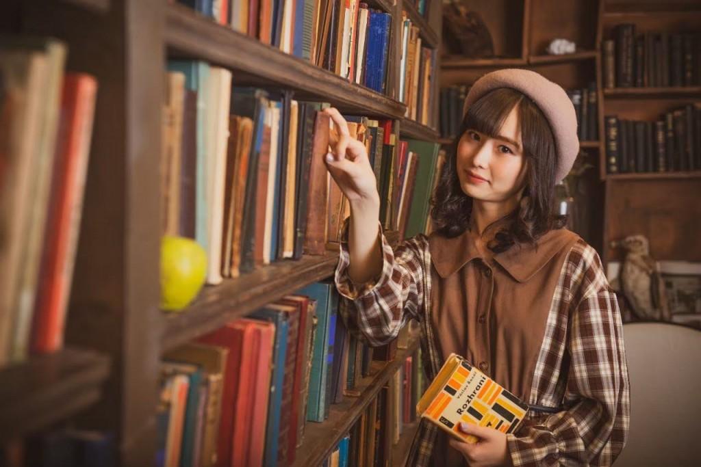 花咲香凛モデル